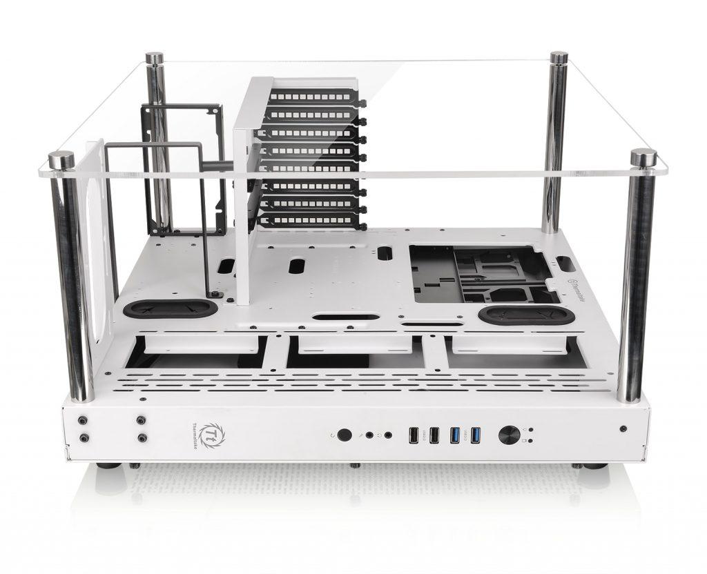 Thermaltake Core P3 Snow Edition horizontale Platzierung