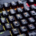 CORSAIR präsentiert die wasserresistente mechanische K68 RGB Gaming-Tastatur