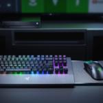 Razer veröffentlicht die weltweit erste für Xbox One designte kabellose Tastatur und Maus
