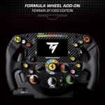 Thrustmaster präsentiert eine Sim-Racing-Replik des Ferrari SF1000-Lenkrads